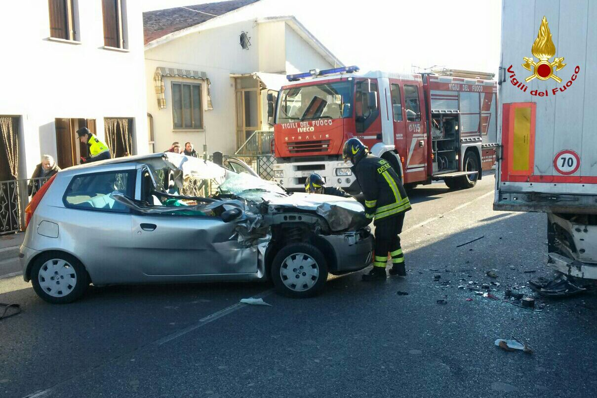 MESTRINO: INCIDENTE MORTALE, MUORE UN 75ENNE